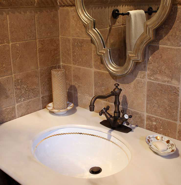 Rope Border Painted Sink in Beige Master Bathroom